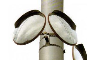 カーブミラーの電柱取り付け